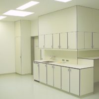 Lower and upper cabinets